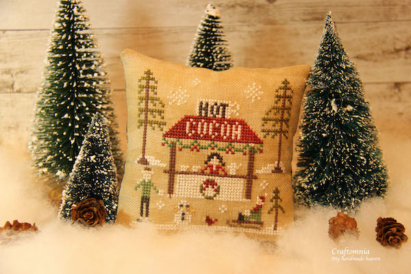 Cross stitch van de Hot Cocoa kraam in de sneeuw