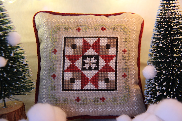Farmhouse Christmas crossstitch: Grandma's Quilt