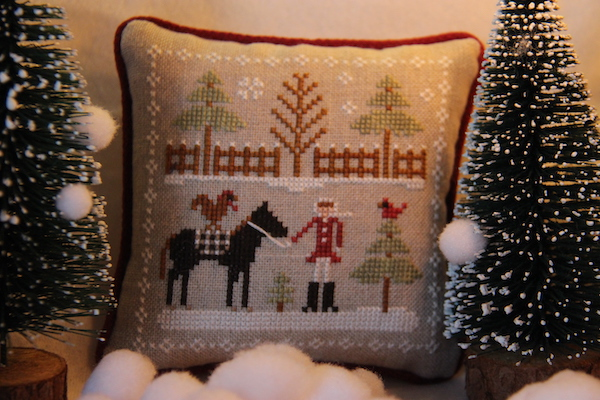 Farmhouse Christmas: Horsin' Around