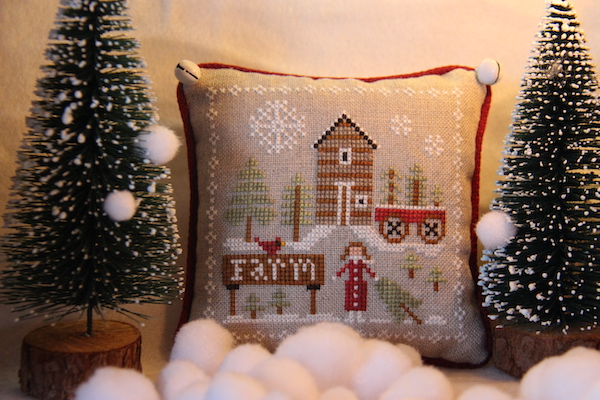 Farmhouse Christmas: Pinewood Farm